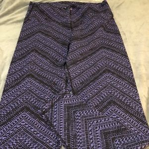 EXCELLENT CONDITION! OLD NAVY HIGH WAIST LEGGINGS